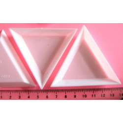 Miska - trojuhelník, 7x7cm, cena za 4ks