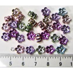 Květinky plastové, kovový efekt, cena za 30ks